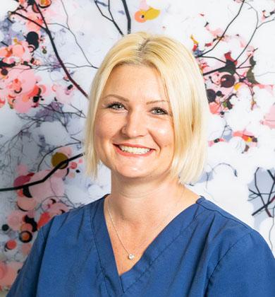 Zahnarzt-Inan-Lisa Ackernann